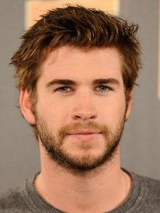 Ángel se parece a Liam Hemsworth