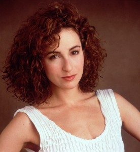 Lola se parece a Jennifer Grey